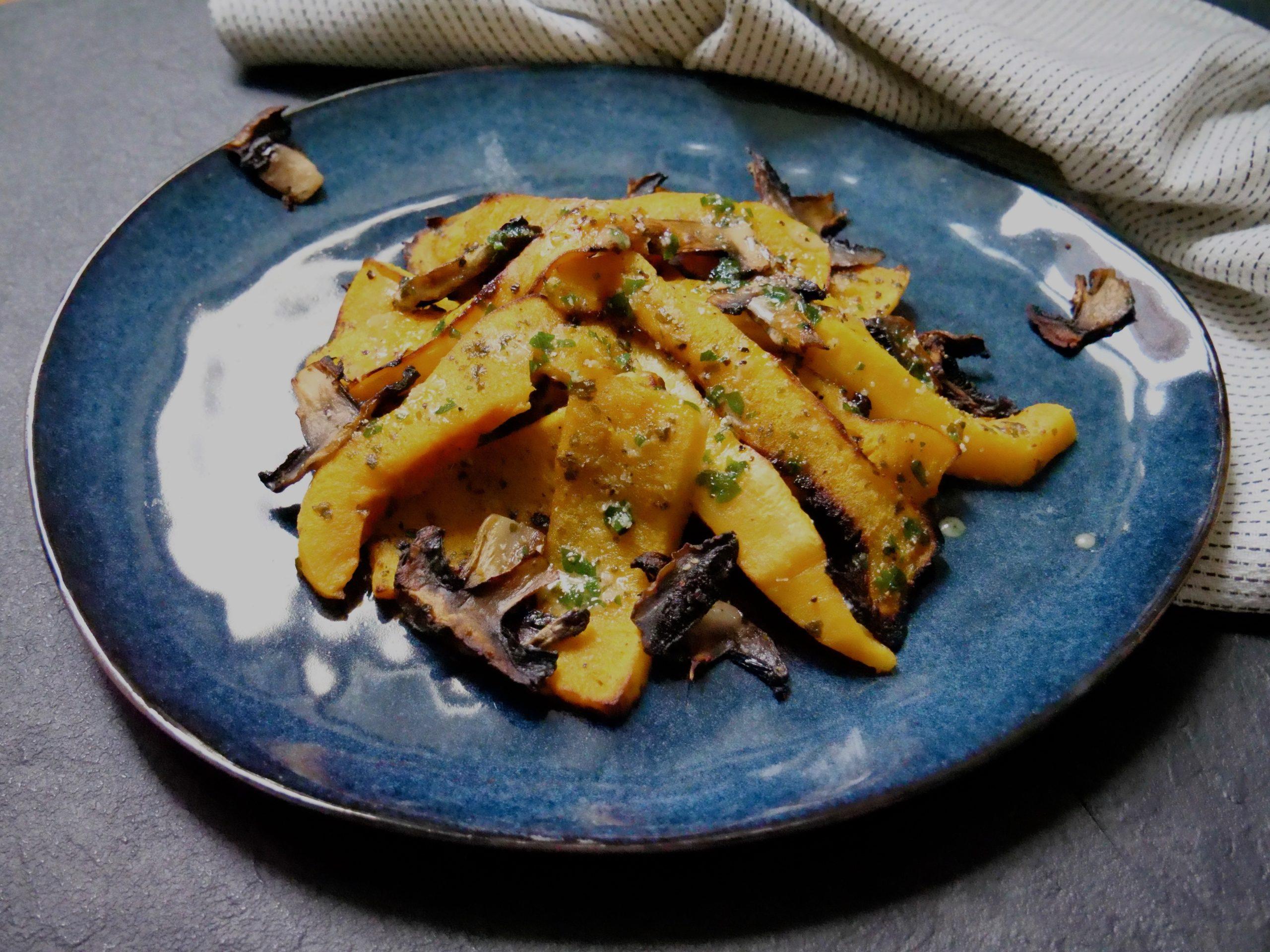 Courge butternut rôtie au four, sauce miel et moutarde